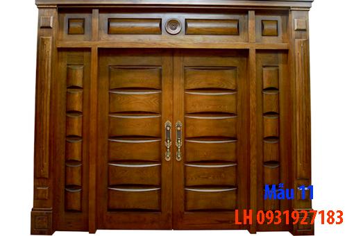 Đóng cửa gỗ tại Đà Nẵng, báo giá thi công cửa gỗ tự nhiên 11