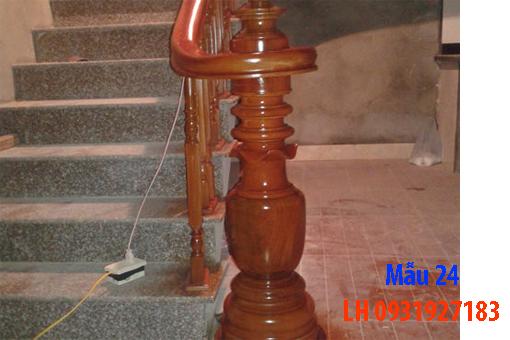 Đóng cầu thang gỗ tại Đà Nẵng, thi công tay vị mặt bậc cầu thang gỗ 24