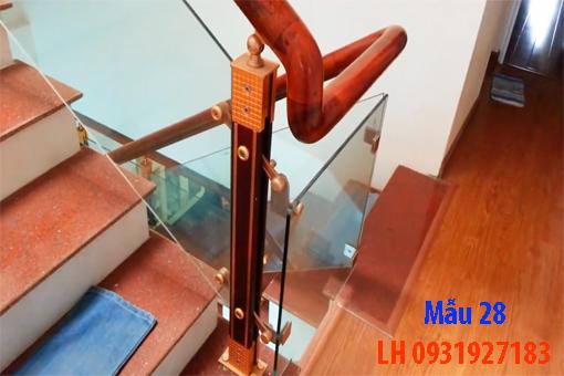 Đóng cầu thang gỗ tại Đà Nẵng, thi công tay vị mặt bậc cầu thang gỗ 28